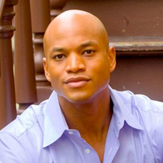 http://valleytownhall.com/wp-content/uploads/2015/12/wes-moore-320x320.jpg